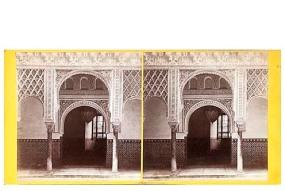 328. Frank Good. Sevilla. Puerta, Alcázar. [Patio de las Muñecas]. Estereoscopia en albúmina. 1869.