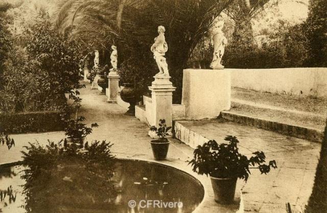 """Autor desconocido. Málaga.- """"El Retiro"""". Jardín del Salón. Ca. 1920. Tarjeta postal."""
