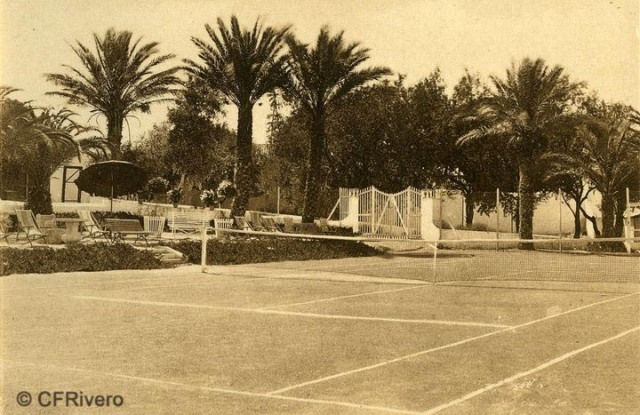 "Autor desconocido. Málaga.- ""El Retiro"". Tennis. Ca. 1920. Tarjeta postal."