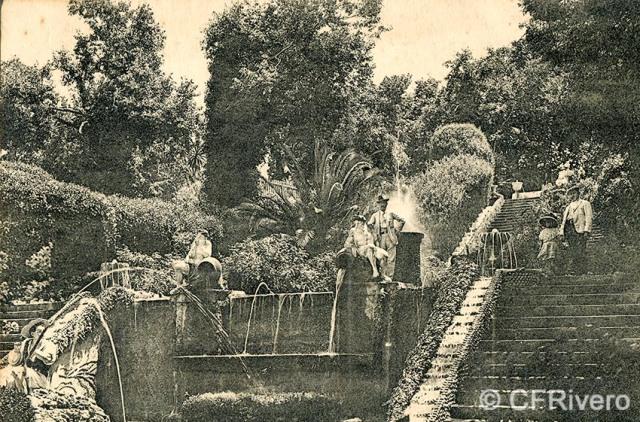 Lacoste ed. 5 Málaga.- El Retiro - juego de fuentes. Ca. 1908. Tarjeta postal. (CFRivero)