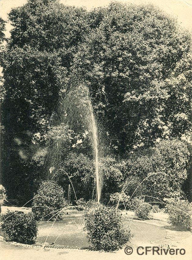 Lacoste ed. 6 Málaga.- El Retiro - fuente de las ranas. Ca. 1908. Tarjeta postal. (CFRivero)