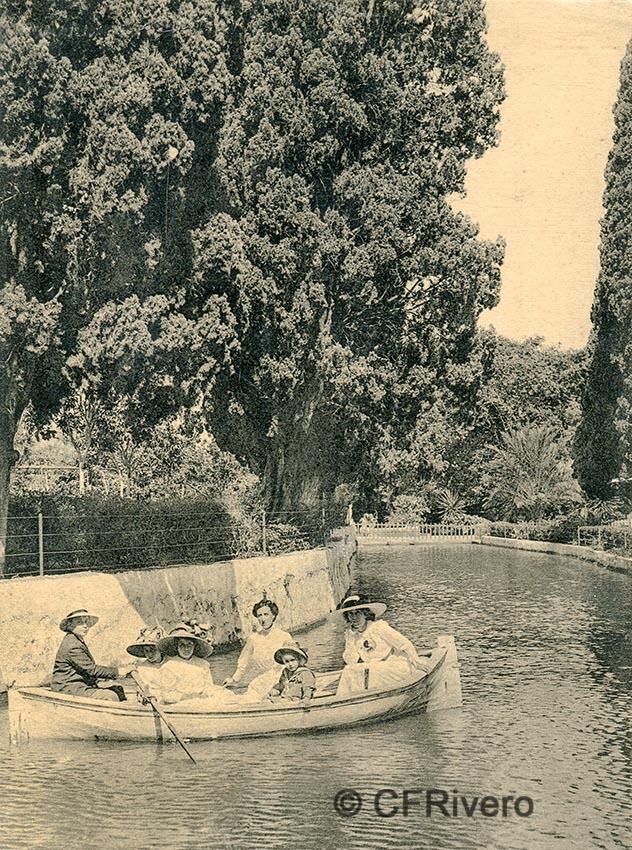 Lacoste ed. 13 Málaga.- El Retiro - El estanque grande. Ca. 1910. Tarjeta postal. (CFRivero)
