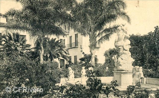 Lacoste ed. 18 Málaga.- El Retiro - Fuente de la sirena. Ca. 1910. Tarjeta postal. (CFRivero)