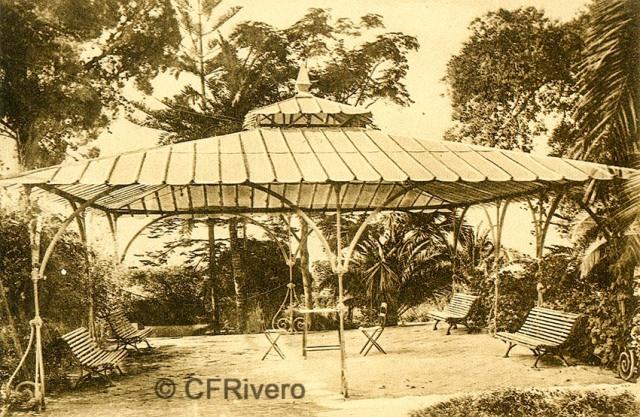 """Editor desconocido. Málaga.-""""El Retiro"""". El Cenador. Ca. 1920. Tarjeta postal. (CFRivero)"""