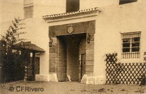 """Editor desconocido. Málaga.-""""El Retiro"""". Entrada a la Casa. Ca. 1920. Tarjeta postal. (CFRivero)"""