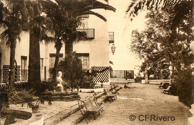 """Editor desconocido. Málaga.-""""El Retiro"""". Jardín del Salón. Ca. 1920. Tarjeta postal. (CFRivero)"""