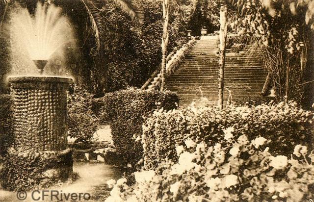 """Editor desconocido. Málaga.-""""El Retiro"""". Juego de Aguas. Gran Escalera. Ca. 1920. Tarjeta postal. (CFRivero)"""