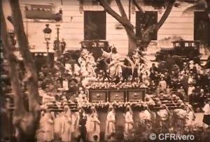 Fitzpatick. From Granada to Toledo. Fotograma con el trono de la Pollinica. Málaga 1929. 16 mm (CFRivero)