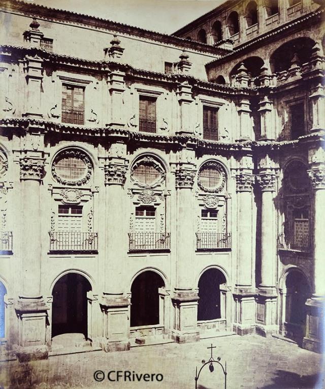 Pégot-Ogier, Eugène. Salamanca, patio de los Jesuítas [Clerecía, Patio de los Estudios]. 1877. Albúmina (CFRivero)